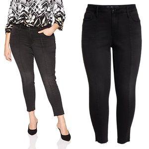SEVEN7 Raw Hem Ankle Skinny Jeans 4 Black